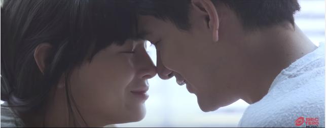 "Bell Nunita's new MV for ""Breathing Together"""
